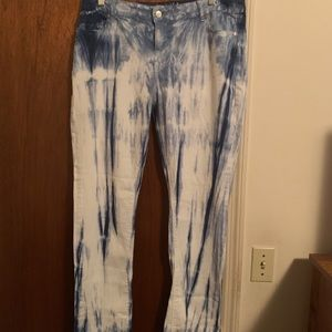 Blue and white jeans